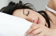Maneiras de amenizar o calor e dormir melhor